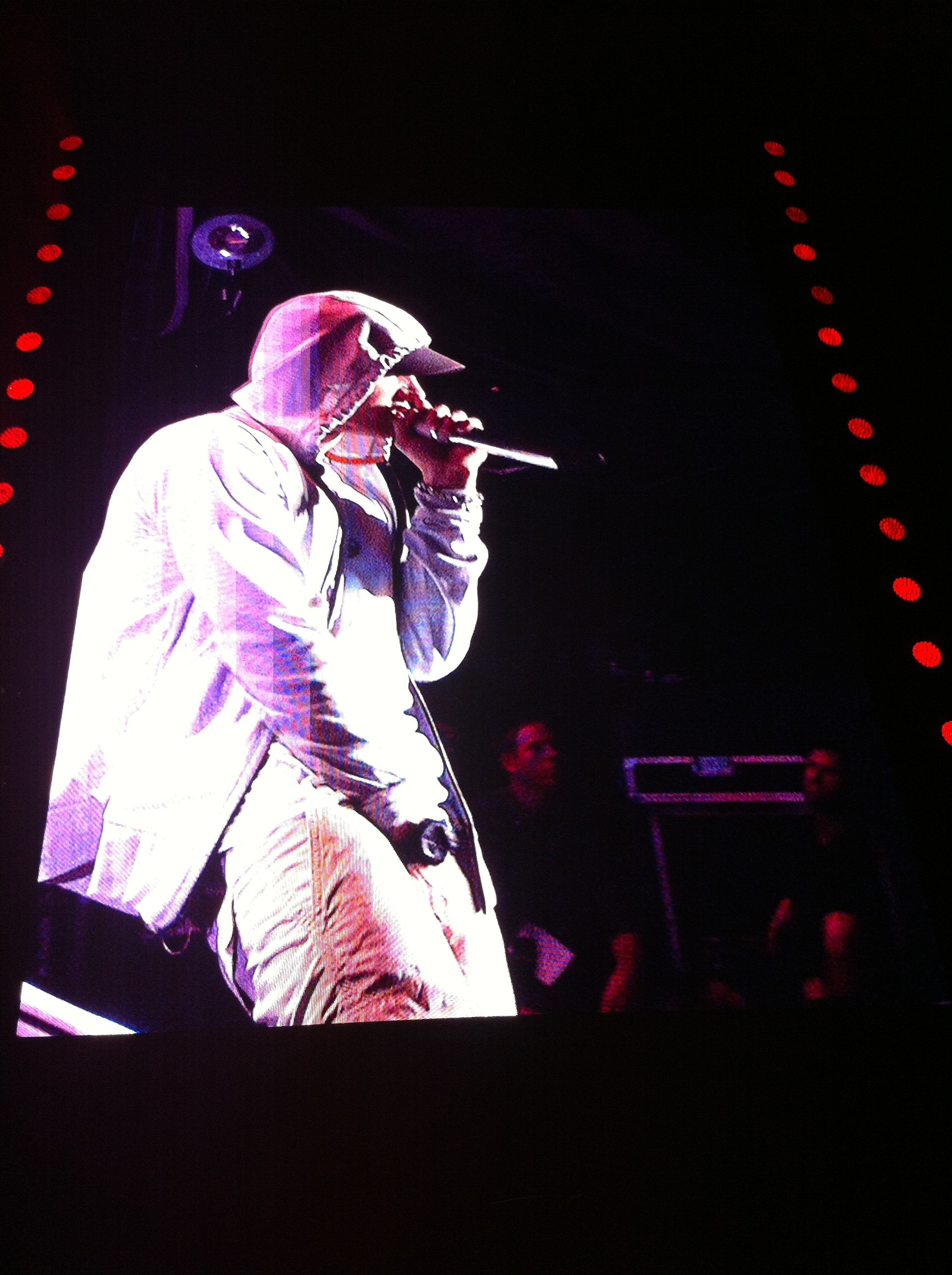 Eminem Stade de France | Eminem | Fan Site | Collection of ...