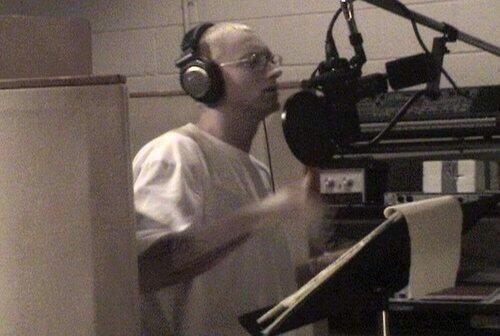 Rare-Photo-of-Eminem-in-the-Studio[1]