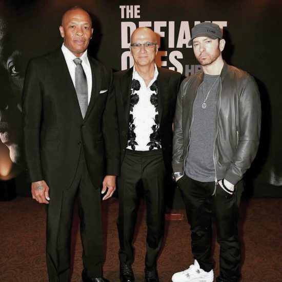 """On June 22 Eminem attended the premiere of """"The Defiant Ones"""" film in Los Angeles. On the red carpet Em showed off his new beard."""