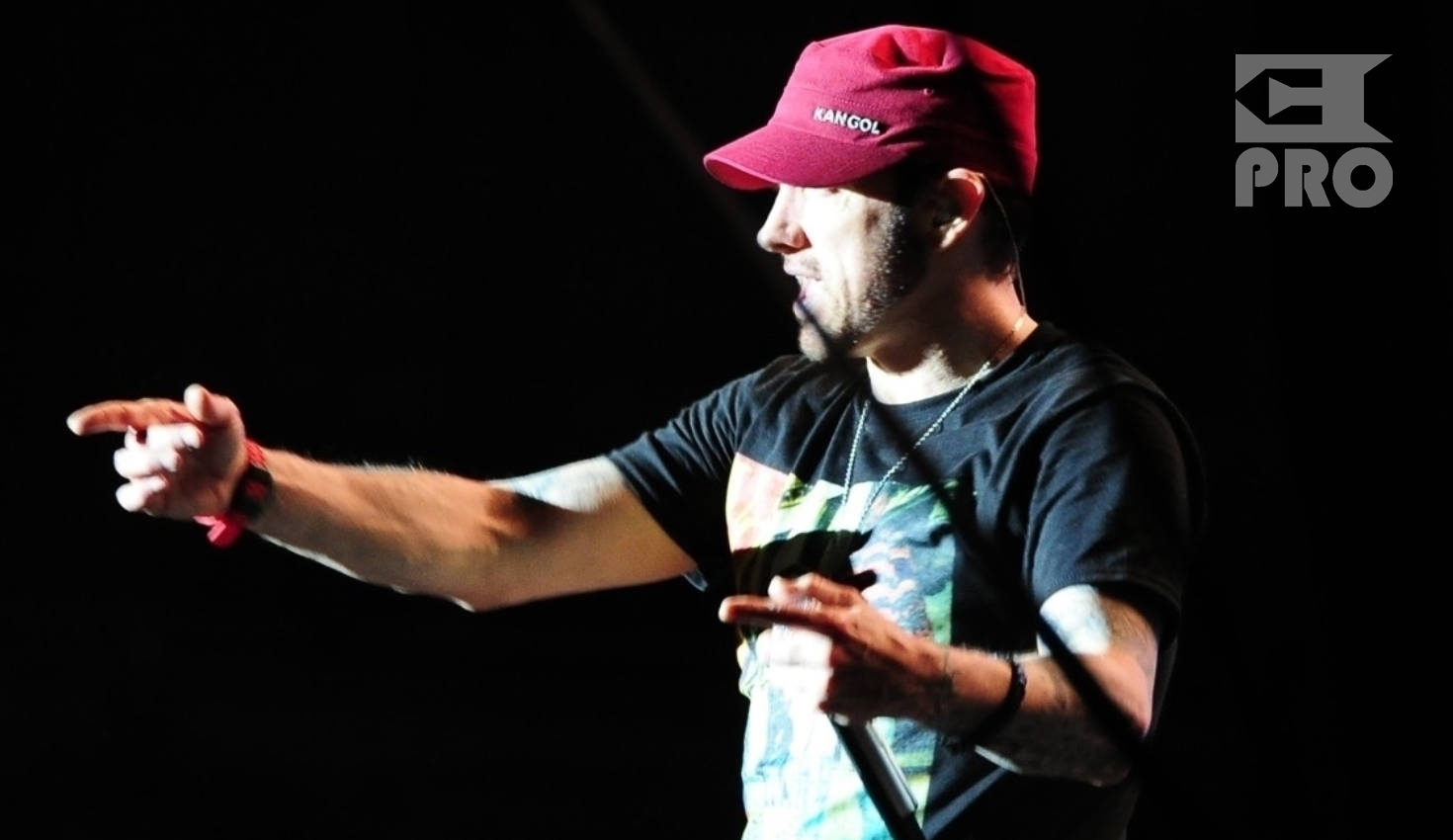 ePro reports from Eminem's shows in the UK