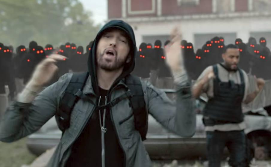 "World premiere: Eminem — ""Lucky You"" (Music Video)"