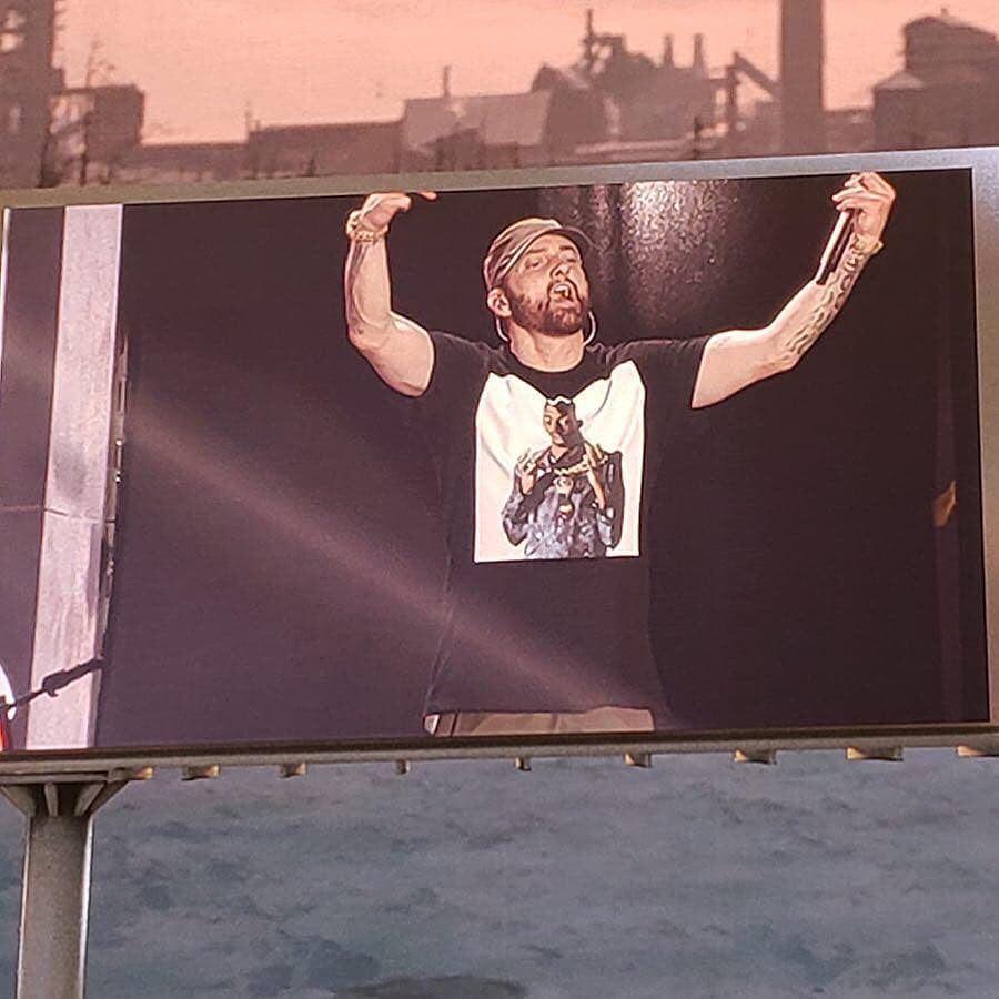 Eminem adds 5 new tracks to his setlist at Aloha Stadium
