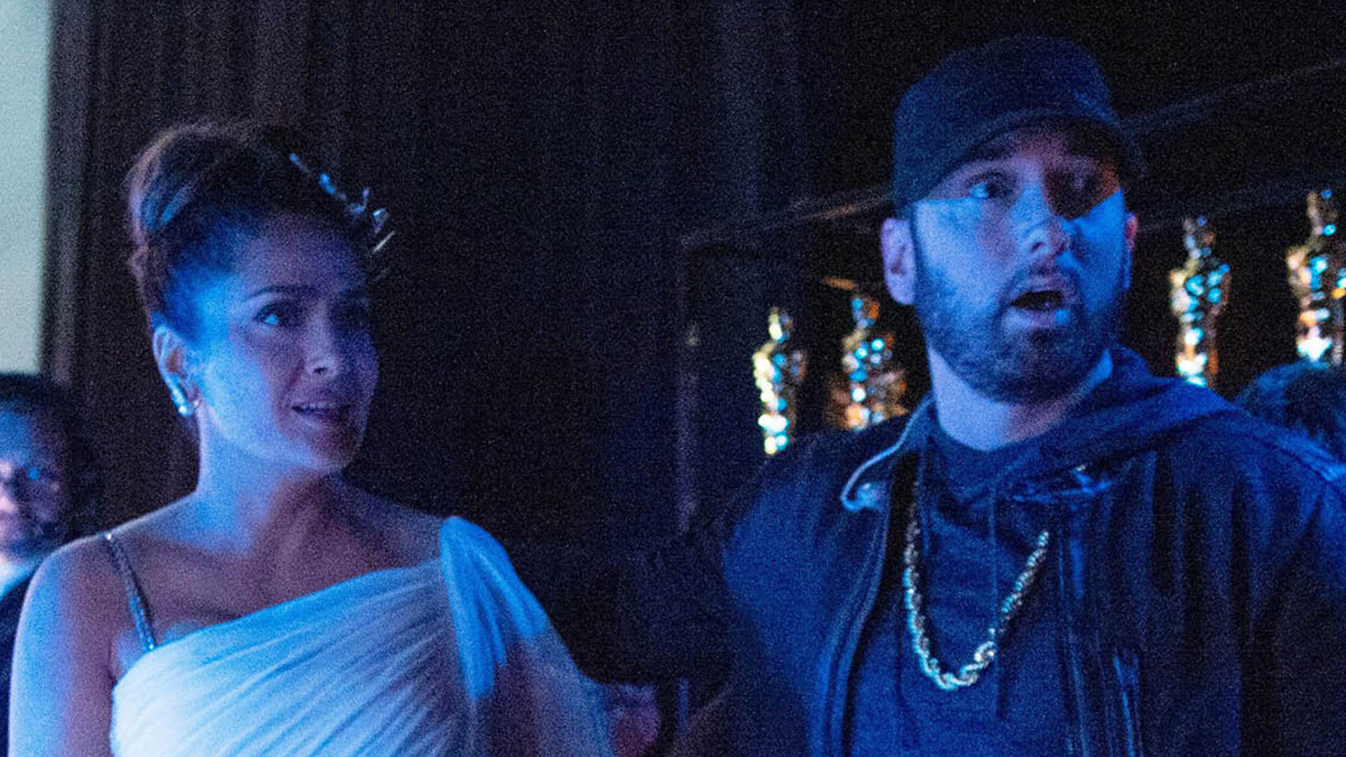 Read the story of Salma Hayek and Eminem meeting behind the scenes of Oscar ceremony!