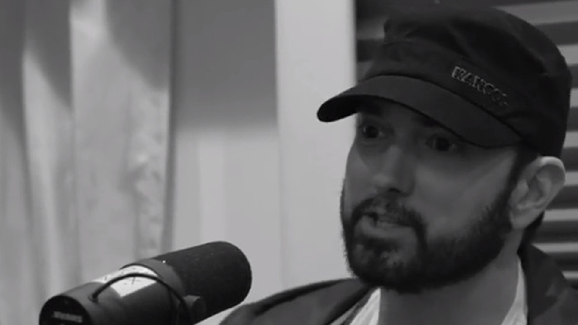 Watch Teaser From Hotboxin' Episode: Eminem complemets Tyson's Knockouts and Champ Status