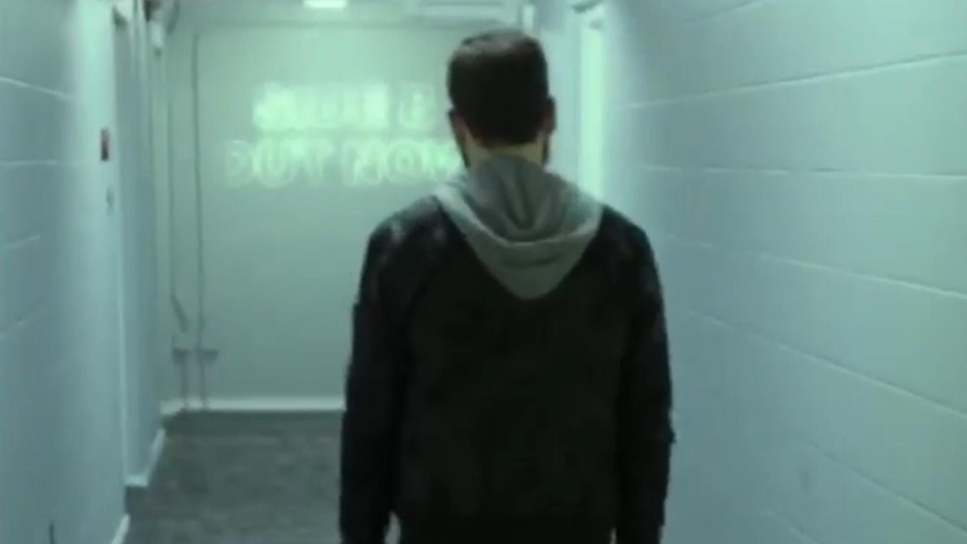 Eminem's 'Higher' Music Video Teaser (& 'MTBMB Side B' CD Advertising)