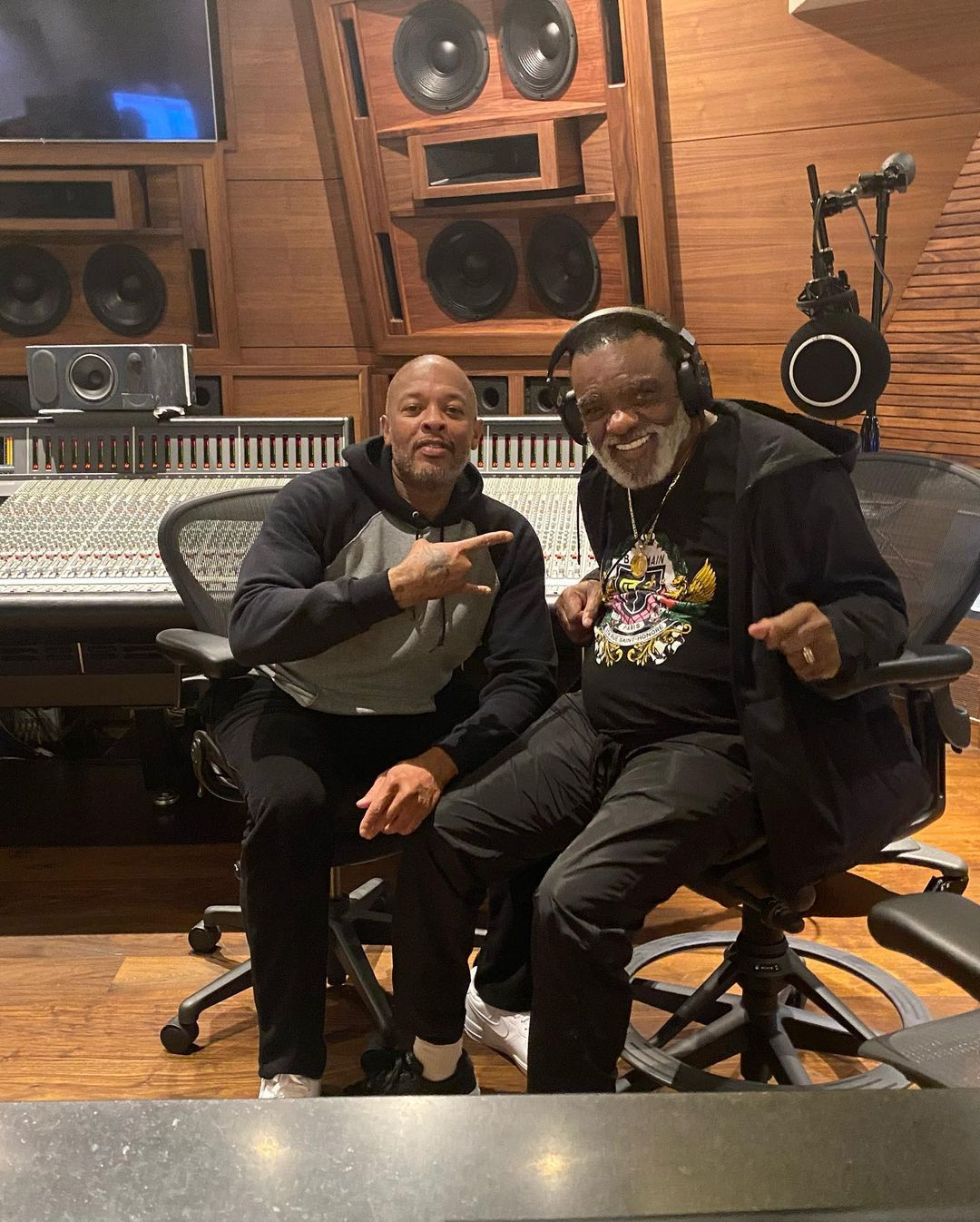 Dr. Dre Hits Studio With Soul Legend Ronald Isley